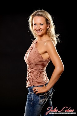 Julie Lohre FITBODY Profile Rachel Gandolph