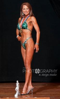 Julie Lohre FITBODY Profile Linda Bennett