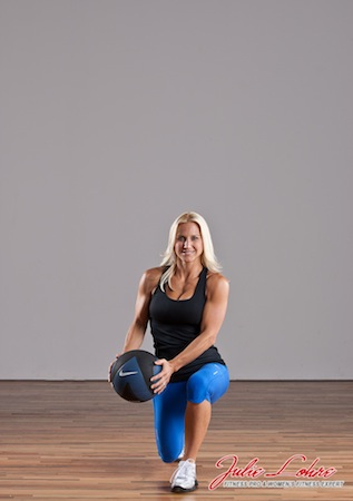 Switch Lunge Med Ball Cross Over