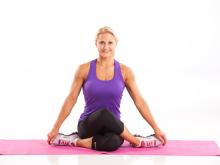 Yoga Knee Cross